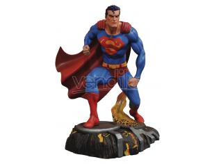 DIAMOND SELECT DC GALLERY SUPERMAN COMIC STATUA