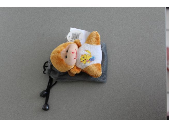 Sacchetto grigio Portacellulare con orsetto marrone peluche e gatto disegnato