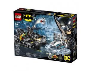 LEGO DC COMICS SUPER HEROES 76118 - BATTAGLIA SUL BAT-CICLO CON MR. FREEZE