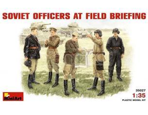 MINIART MIN35027 SOVIET OFFICERS AT FIELD BRIFING KIT 1:35 Modellino