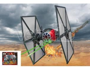 REVELL RV06693 STAR WARS FIRST ORDER SPECIAL FORCES TIE FIGHTER KIT 1:35 Modellino