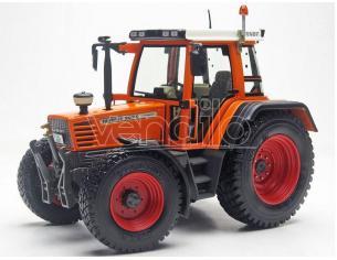WEISE-TOYS WEIS1111 TRATTORE FENDT FAVORIT 509 C KOMMUNAL 1994-2000 1:32 Modellino