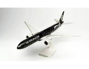 HERPA HP612777 BOEING 777-300ER AIR NEW ZEALAND ALL BLACKS 1:200 Modellino