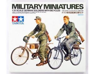Tamiya 35240 German Soldiers Con Bicycles 1:35 Kit  Modellino