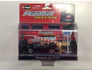 Bburago 31100 Race & Play Ferrari 250 GTO 1:43 Die Cast Modellino