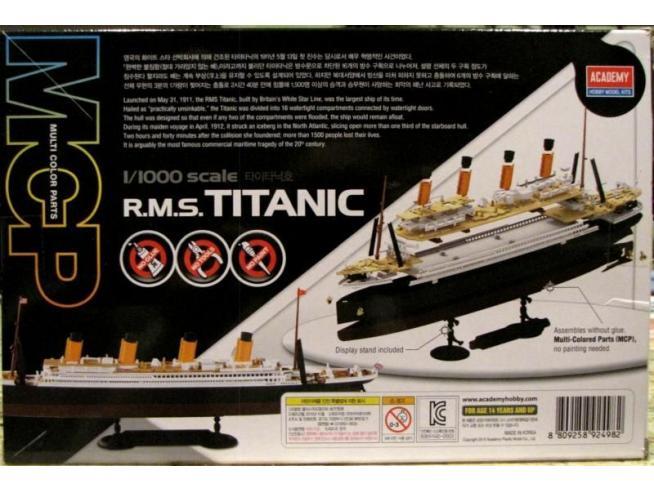 Accademy ACD14217 RSM TITANIC KIT 1:1000 Modellino