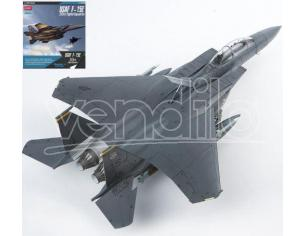Accademy ACD12550 USAF F-15 33th FIGHTER SQUADRON KIT 1:72 Modellino