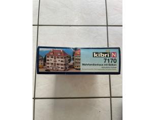 Kibri 7170 Palazzo di Città con Balcone Modellismo SCATOLA ROVINATA