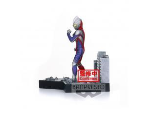 Ultraman Tiga Special Effects Stagement -44 Pvc Statua Ultraman Tiga 5 Cm Banpresto
