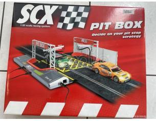 SCX 88750 Pit Box Scala 1:32 SCATOLA ROVINATA