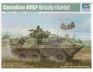 Trumpeter TP1502 CANADIAN GRIZZLY 6x6 APC KIT 1:35 Modellino